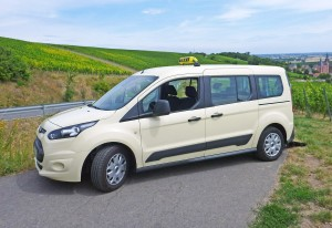 Ford Transit Connect Langversion – Rollstuhltaxi